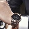 Lg montre courtois vs Moto 360 - qui smartwatch forme ronde correspond à vos poignets?