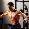 Muscle remise en forme pour les débutants: le chemin à un corps sain et une bonne