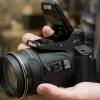 Nikon Coolpix P900 vs Canon PowerShot SX60 HS - deux marques réputées cornes verrouillage